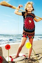 Sueca - Short sleeve dress in black with bright coloured patterns - Galactic