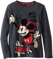 Rug - Black long sleeve Tshirt with Mickey Mouse