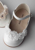 French ballerina shoe with flower detail on the front in white
