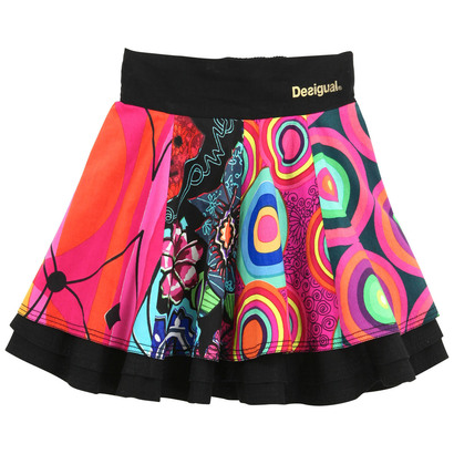 Kilimanjaro - Layered short skirt in bold op art design and colour